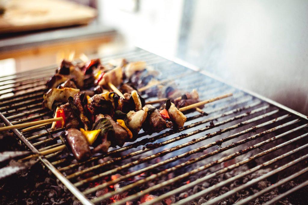 rengøring af grill rist